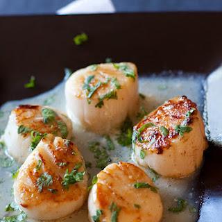 Garlic-Herb Seared Scallops