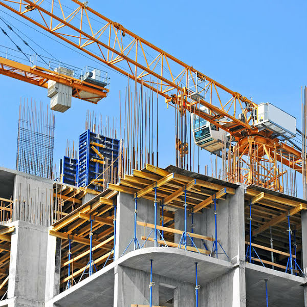 UK construction output set to grow by 4.2% in 2015, economists report