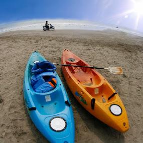 Banana Boat by Basuki Mangkusudharma - Landscapes Beaches ( indonesia, banana boat, kayak boat, fisheye lens, boat, anyer beach )