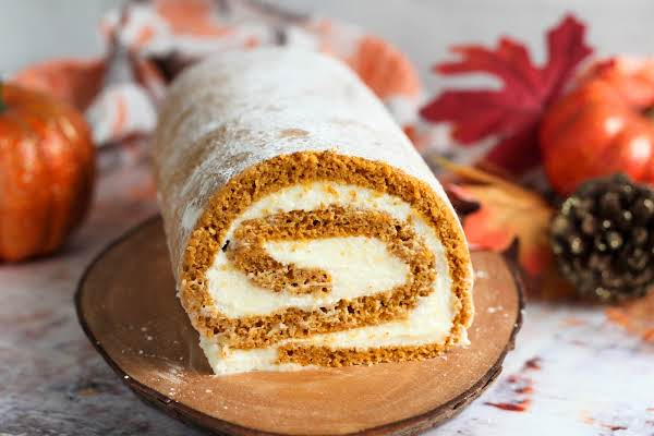 Inside Swirl Of The Delicious Pumpkin Roll.