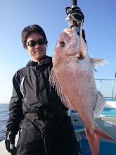 """Photo: やったぜー! """"ナカムラさん""""、ベッピン真鯛キャッチ。"""