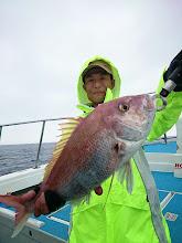 Photo: 綺麗な真鯛でした。 ・・・スレ掛かりだったので重かったですが。