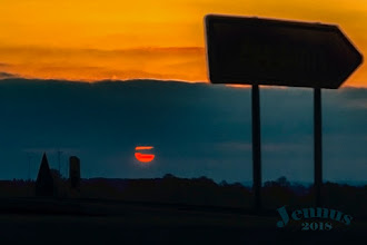 Photo: Sonnenuntergang an der BAB