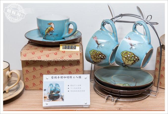 藝術手繪咖啡杯-蜻蓮