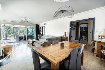 Maison 7 pièces 192 m2