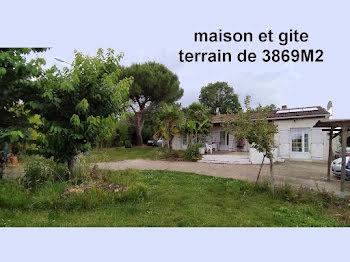 villa à Gémozac (17)