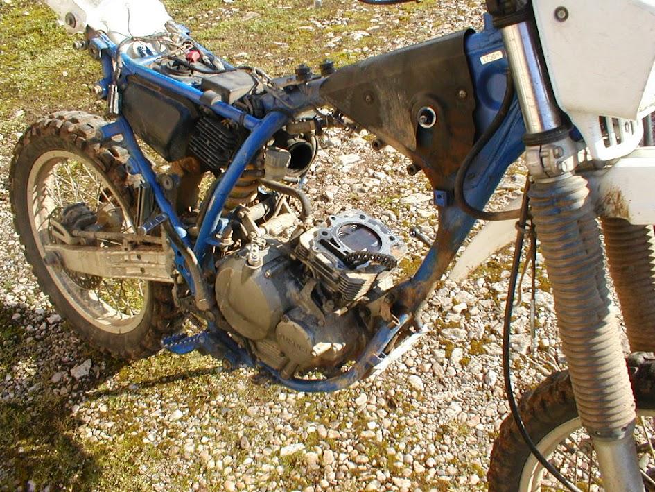 Les moteurs de DR350. CGmXgdOIkXuo-INDwfxVxxO_GP-UTOEOYQ0pD_YYUlQ=w945-h709-no