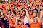 ? Waanzin: oranjegekte opnieuw op volle toeren in Valenciennes