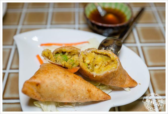 瑪哈印度餐廳黃金餃咖哩