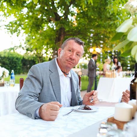 Wedding photographer Mikhail Grebenev (MikeGrebenev). Photo of 16.11.2017