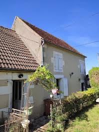 maison à Lurcy-le-Bourg (58)