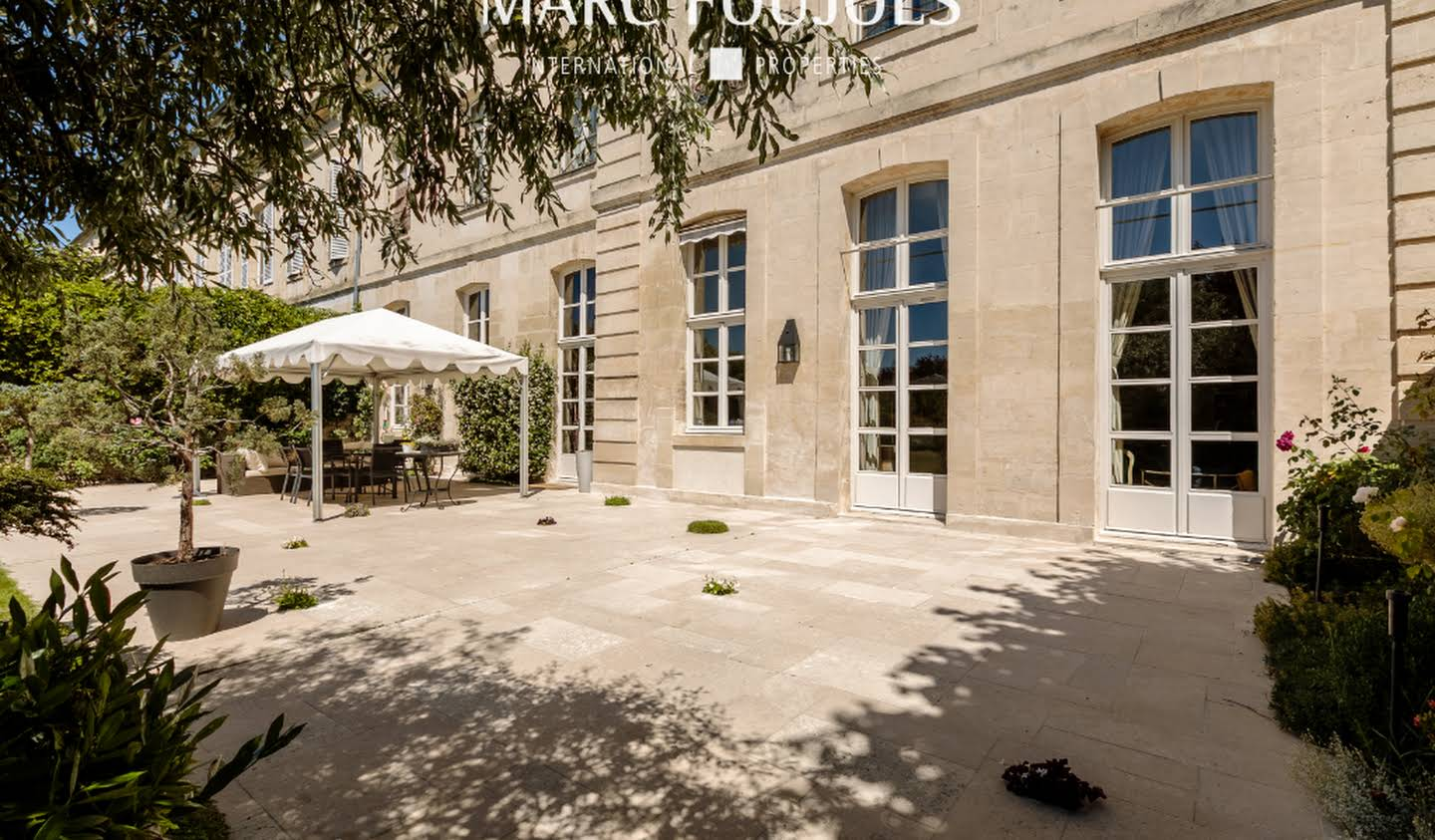 Apartment with terrace Chantilly