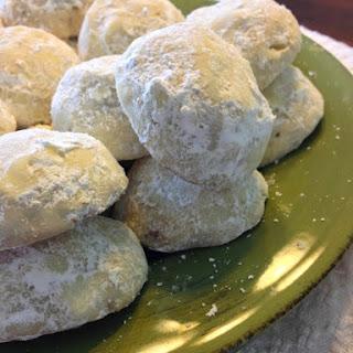 Walnut Puff Cookies