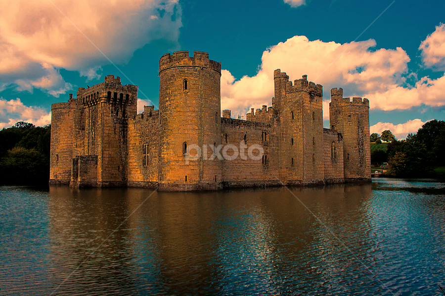 Bodiam Castle by Oliver Kluwe - Buildings & Architecture Public & Historical ( uk, england, east sussex, high quality, bodiam, in focus )