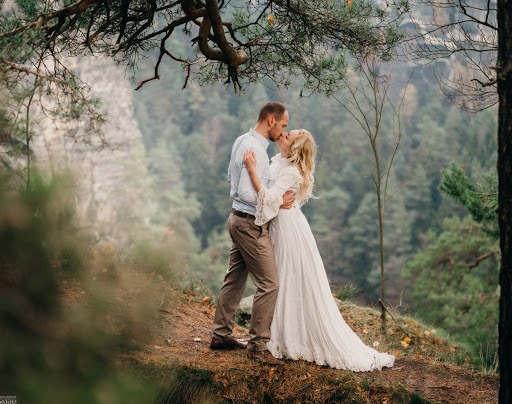 Wedding photographer Darya Bulavina (Luthien). Photo of 15.12.2017