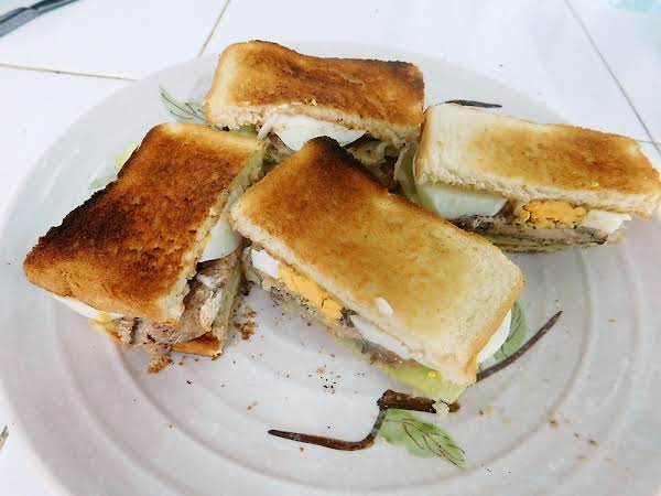 Sardine & Sliced Egg Sandwich Recipe