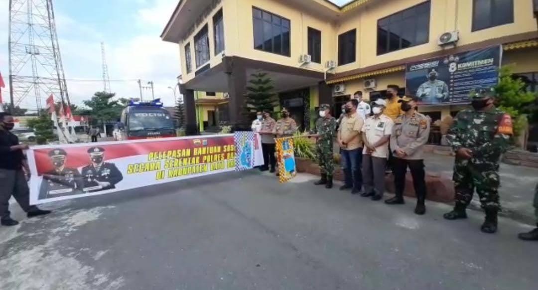 Dua Ton, Beras dan Sembako di Kucurkan TNI – POLRI Dalam Bhakti Sosial Serentak Kab. Batu Bara