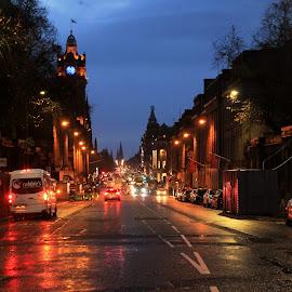 Night falls by Srivenkata Subramanian - City,  Street & Park  Street Scenes ( england, rainy day, street, edinnburgh, night time, scotland )