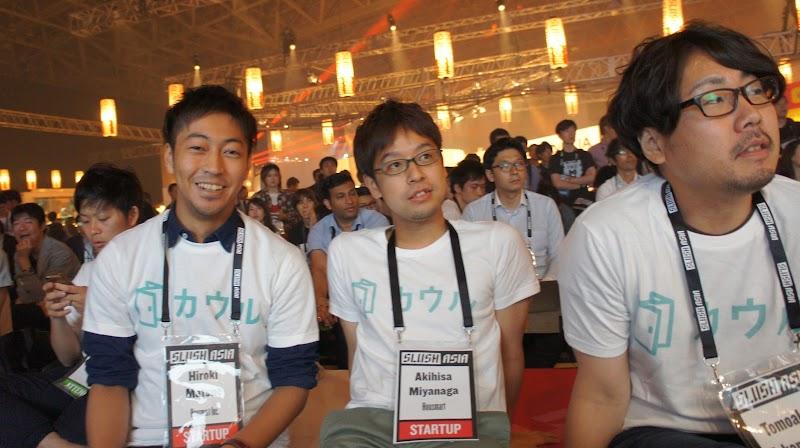 何でもやるエンジニアの3人です。左から松江、宮永、高松