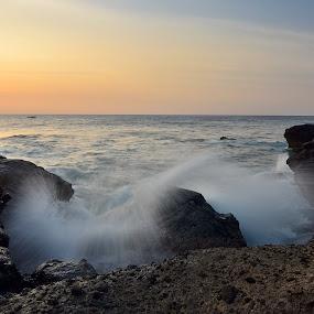 :: Sunset at Kerandangan Beach :: by Putu Ekak - Landscapes Sunsets & Sunrises