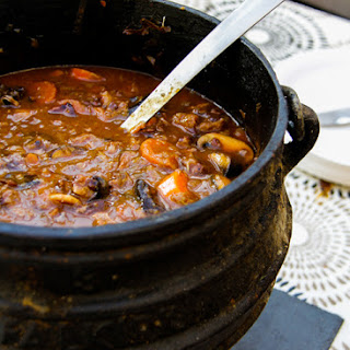 Oxtail And Red Wine Potjie