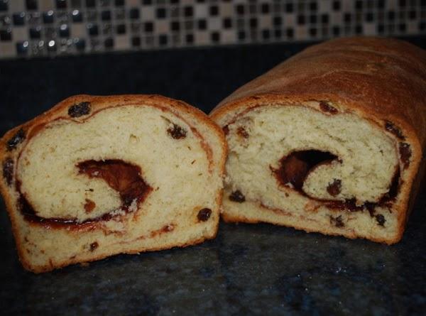 Cinnamon Raisin Bread Recipe