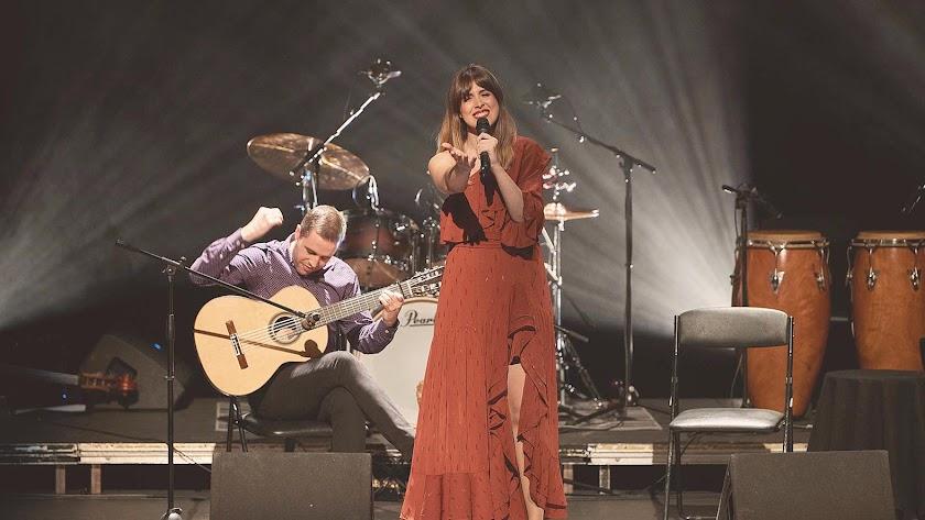 La cantante almeriense Carmen Muyor y el guitarrista madrileño Quique Peña.