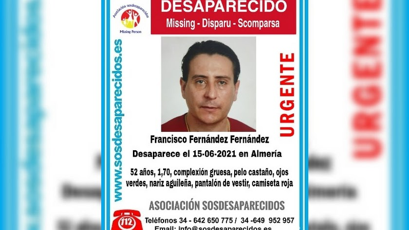 Cartel difundido por la Asociación SOS Desaparecidos en el momento de la desaparición.