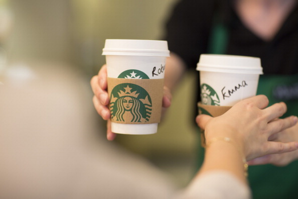 Chiến dịch Whatsyourname của Starbucks (cre: Time Magazine)
