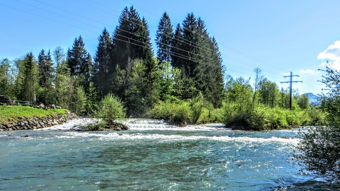 Illeruesprung mit Zusammenfluss der Trettach Stillach Breitach Oberstdorf Allgäu
