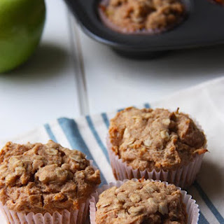 Spiced Apple Crumble Muffins