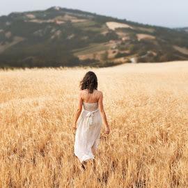 Francesca by Luca Fabiani - People Portraits of Women ( dreamy, fashion, girl, nature, dress, summer, beauty, fields )