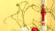 Cierge pascal et composition florale