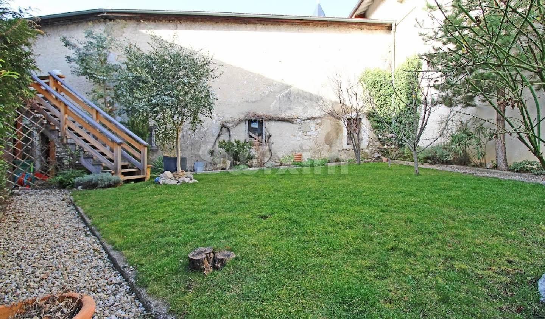 Maison avec jardin et terrasse Gex