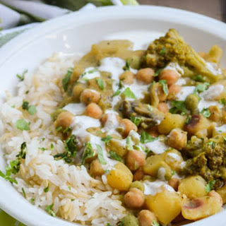 Green Chickpea Sweet Potato Curry [Vegan]