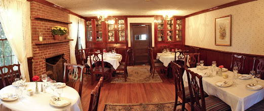 Photo: Interior of Rock House Dinning Room