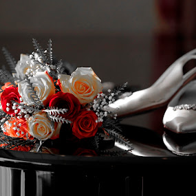 .... by Daniel Gaudin - Wedding Details ( up close, wedding, art, flowers, photography,  )