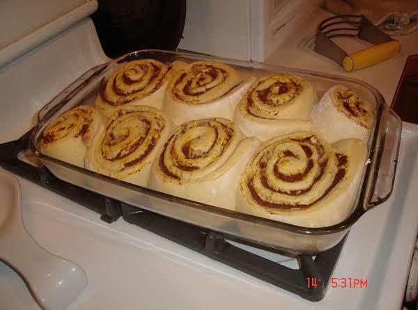 Pumpkin Cinnamon Rolls Using Bread Maker