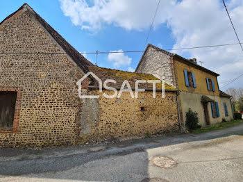 maison à Saint-Maurice-lès-Charencey (61)