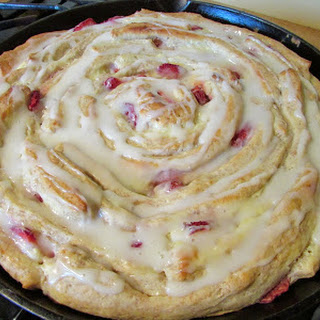 Strawberries and Cream Skillet Roll.
