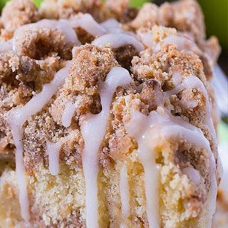 Cinnamon Apple Crumb Cake.