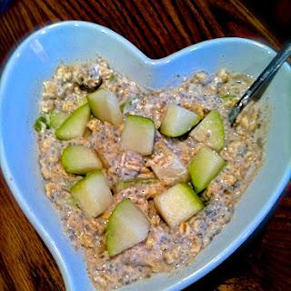 Healthy Pear Overnight Oats