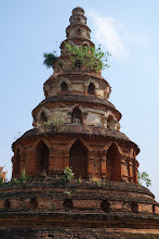 Photo: Oops, not all temples are in great condition