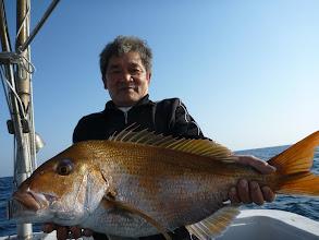 Photo: おおー!綺麗な真鯛! 4.7kgでした!