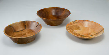 "Photo: Joe Barnard 5"" x 2"" bowls [cherry]"