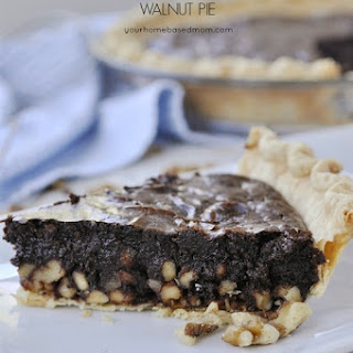Fudgy Chocolate Walnut Pie