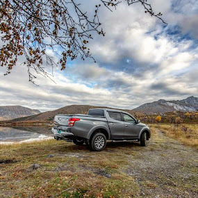 Mitsubishi L200 by Benny Høynes - Transportation Automobiles ( canon, car, leafs, autumn, norway )