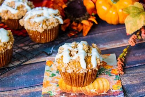 Pumpkin Muffins With Streusel & Cream Cheese Glaze