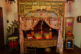 Photo: chinese bed for the newly married couple