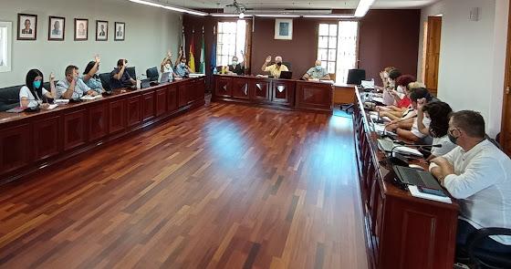 """Más de 15 millones de euros mantienen las cuentas de Huércal """"saneadas"""""""